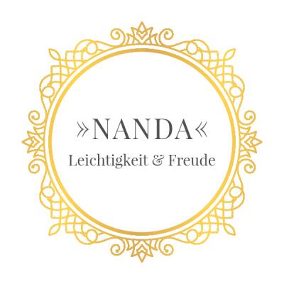Nanda mit Rahmen